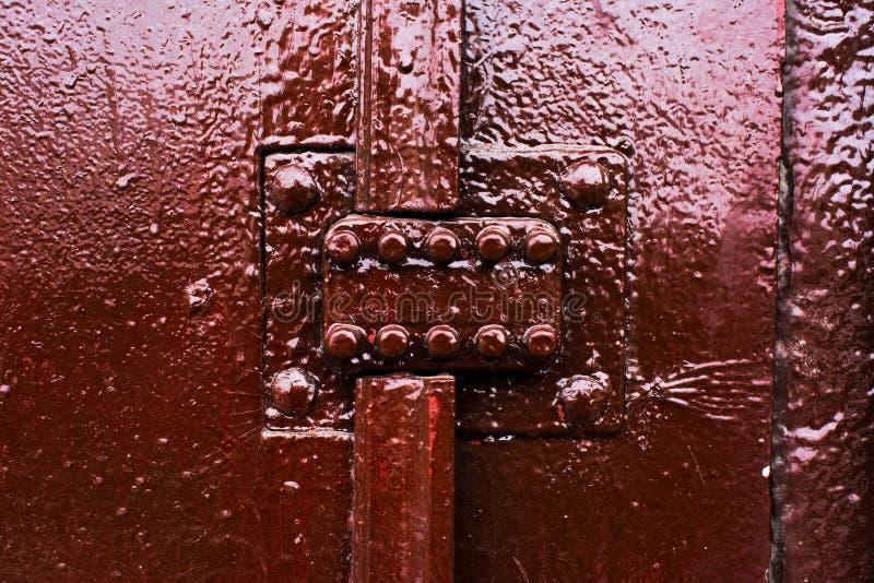 Altes gemalt über dem numerischen Sicherheitsschloss der Tür lizenzfreie stockbilder