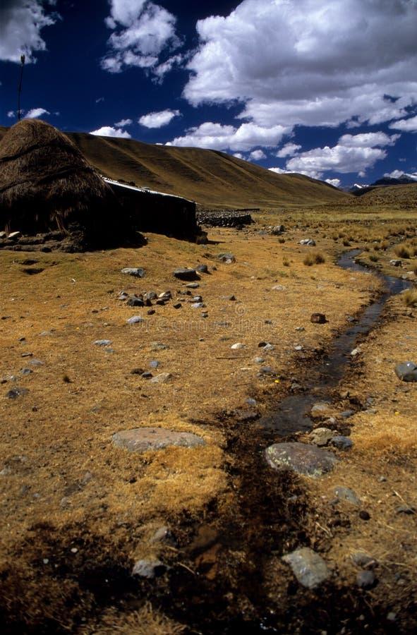 Altes Haus nahe Huaraz lizenzfreie stockfotografie