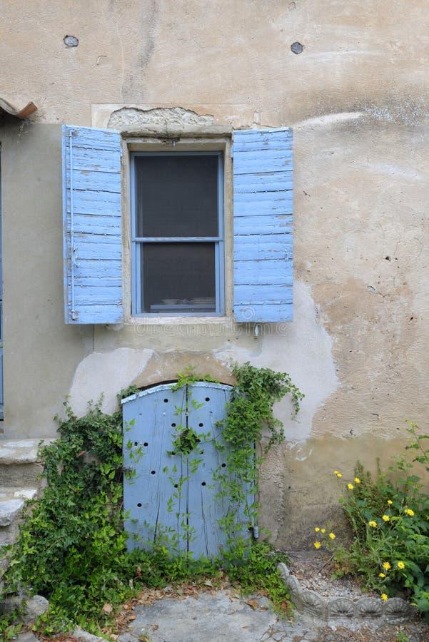 Altes Haus in Provence stockbild