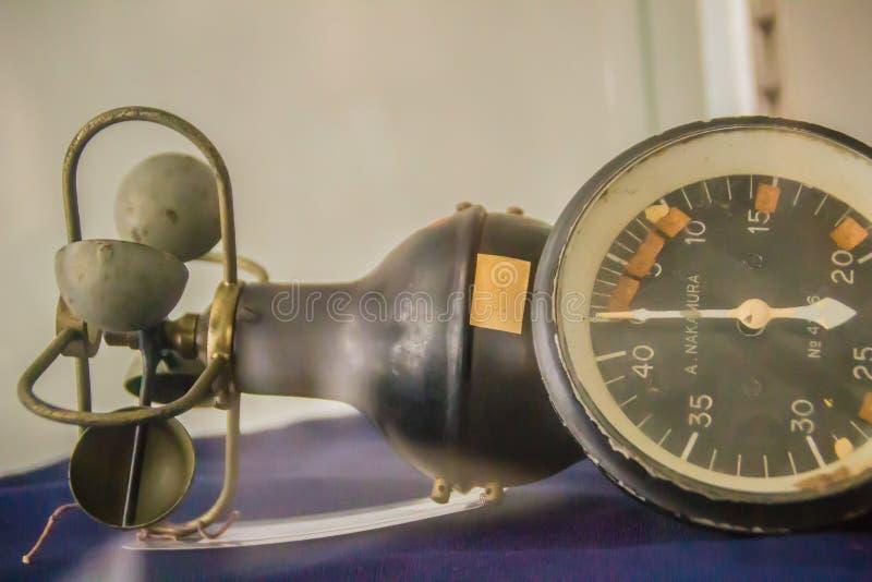 Altes hemisphärisches Schalenkreuzanemometer der Weinlese, ein Gerät benutzt für meas lizenzfreie stockbilder