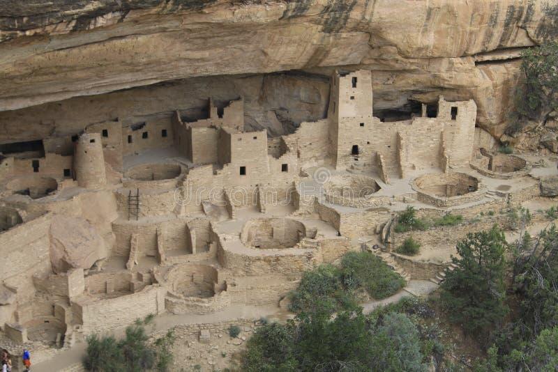 Altes historisches indisches Stammes- Dorf in den Felsen nannte weißes hou lizenzfreie stockbilder