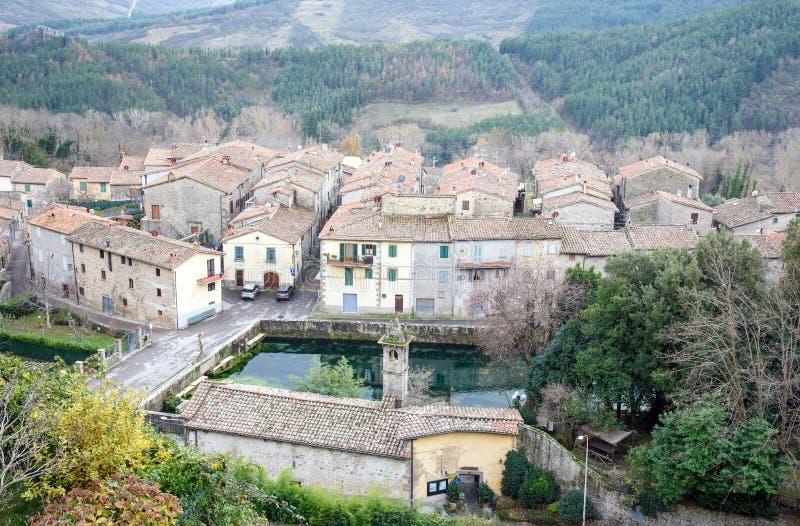 Altes italienisches Dorf stockfoto