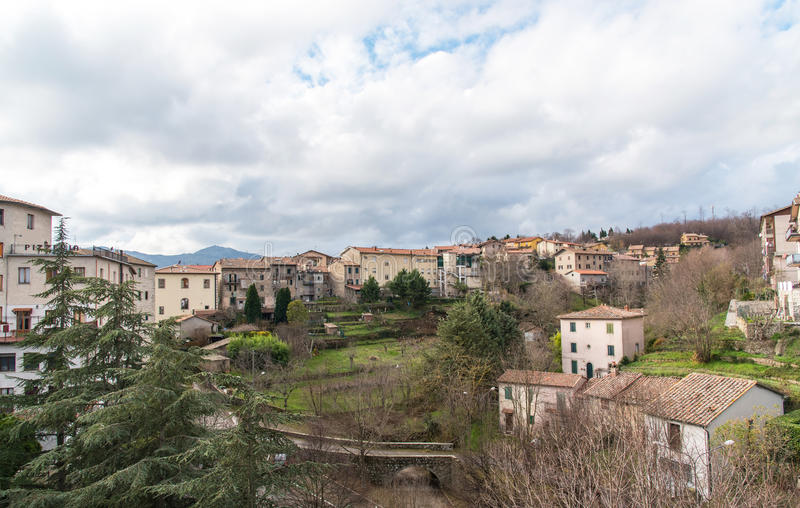 Altes italienisches Dorf lizenzfreies stockfoto