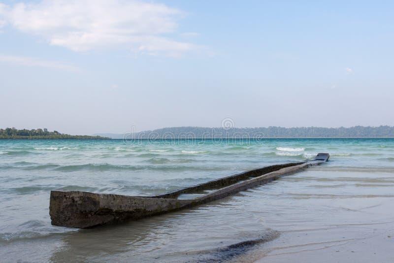 Altes Kanu in Havelock-Insel, Andamans, Indien stockbilder