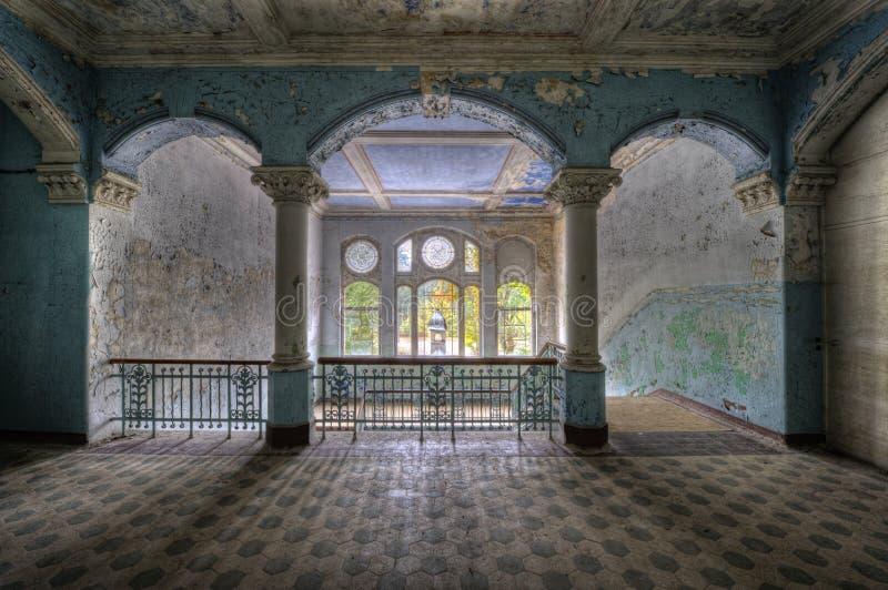 Altes Krankenhaus in Beelitz stockbild