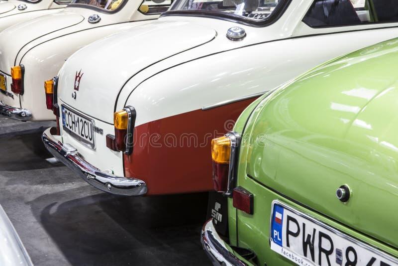 Altes Mercedes-Auto auf statischer Anzeige an der internationalen Messe lizenzfreies stockbild