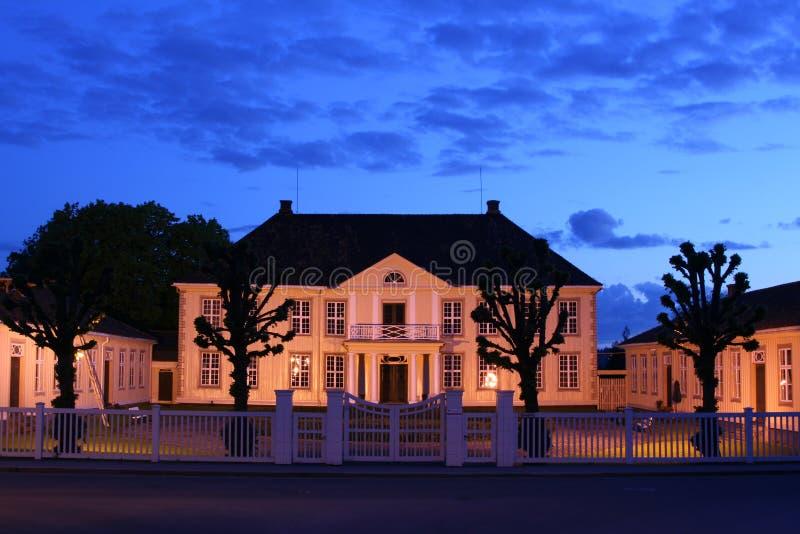 Altes Museum im Evning stockfotografie