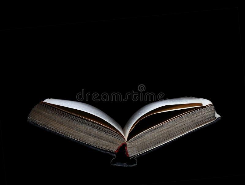 Altes offenes Buch mit Raum für Text stockfotos