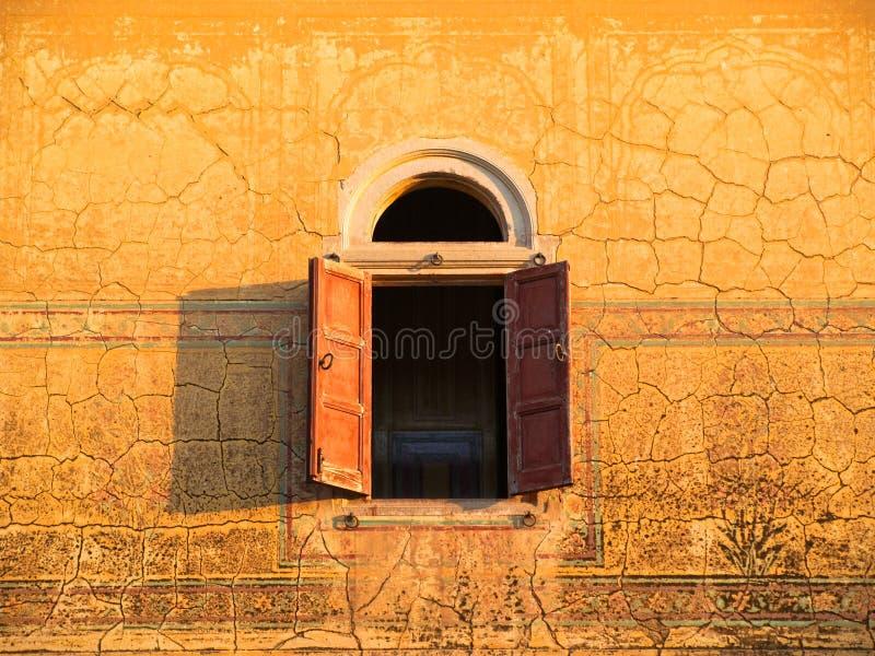 Altes Palast-Fenster, Indien stockfoto