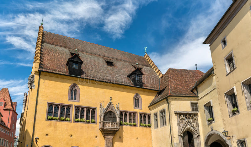 Altes Rathaus, det gamla stadshuset i Regensburg, Tyskland royaltyfria foton