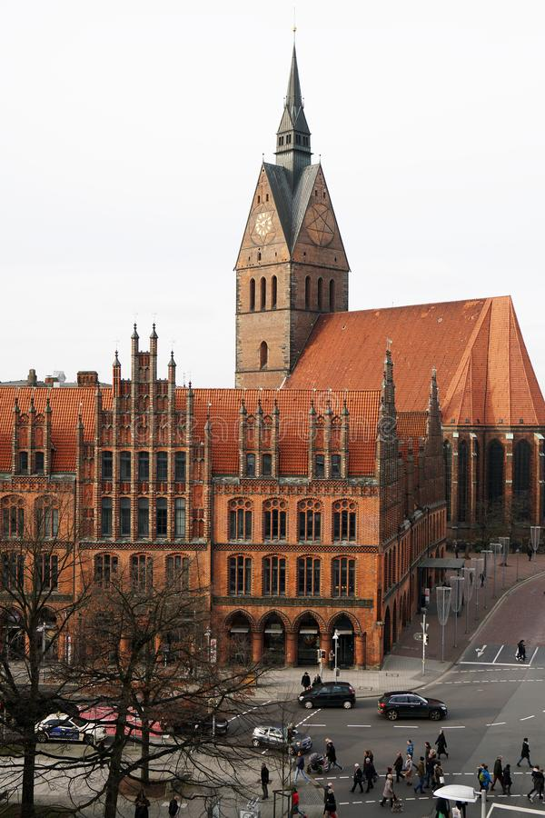 Altes Rathaus e Marktkirche em Hannover Alemanha foto de stock royalty free