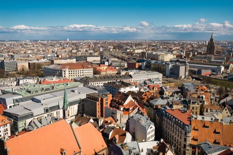 Download Altes Riga-Stadtbild stockbild. Bild von hoch, europäisch - 9085135
