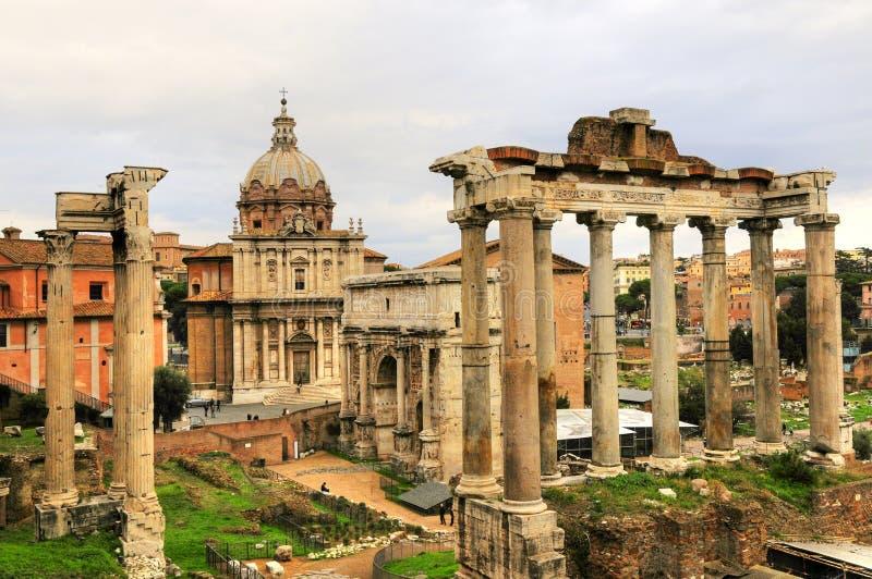 Altes Rom-Ruinegebäude der Rom-Stadt lizenzfreies stockbild
