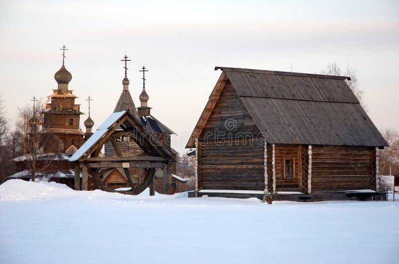 Altes russisches Dorf lizenzfreie stockfotos