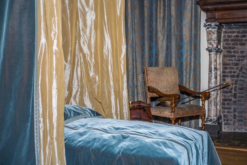 Altes Schlafzimmer stockbilder