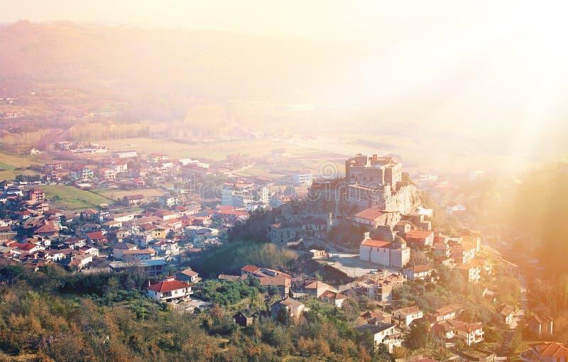 Altes Schloss in Italien lizenzfreies stockfoto