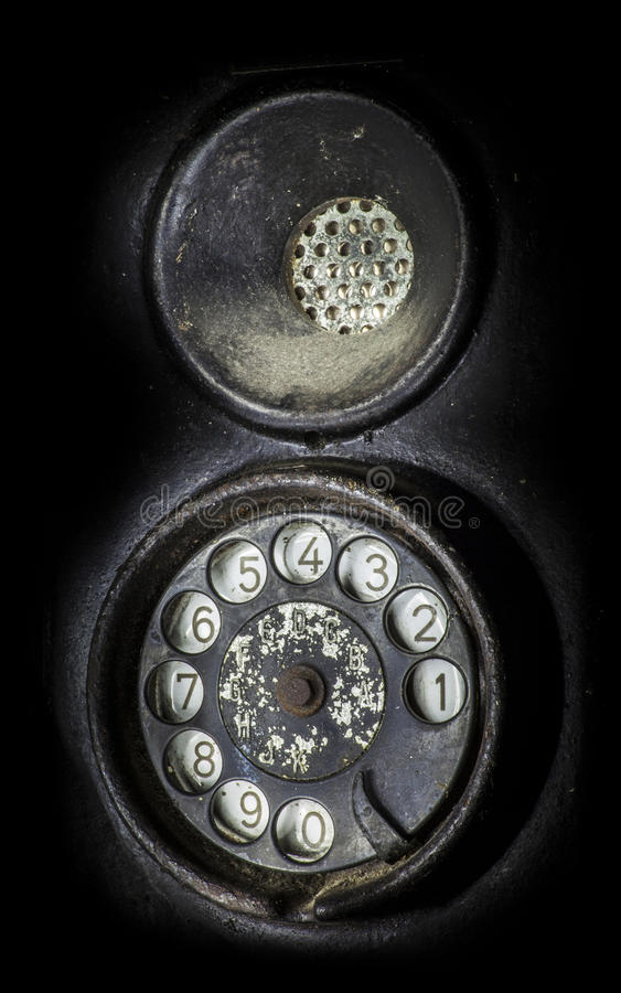 Altes schwarzes Telefon Nahaufnahme einer Drehskala lizenzfreie stockfotos