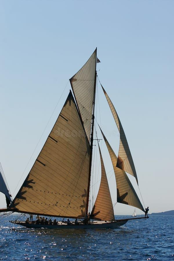 Altes Segelnboot stockbild