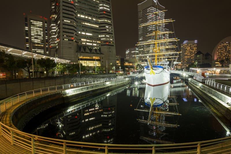 Altes Segelschiff im Hafen stockbild
