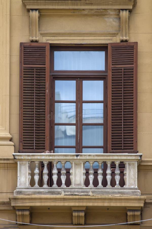 Altes siclian Fenster lizenzfreie stockfotografie