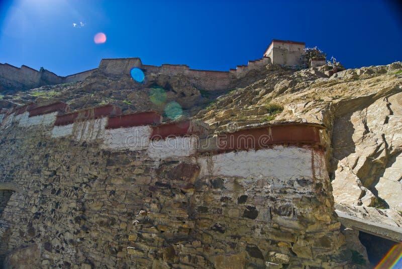 Altes tibetanisches Schloss stockbilder