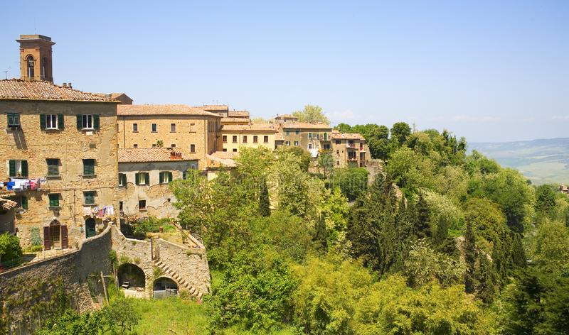 Altes Toskana-Dorf in Italien, Reise, Ferienkonzept lizenzfreie stockfotografie