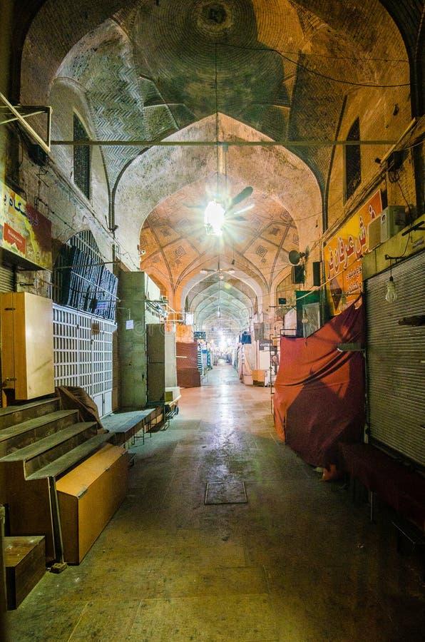 Altes traditionelles souk - Markt, Vakil-Bazar in Shiraz, der Iran lizenzfreies stockbild
