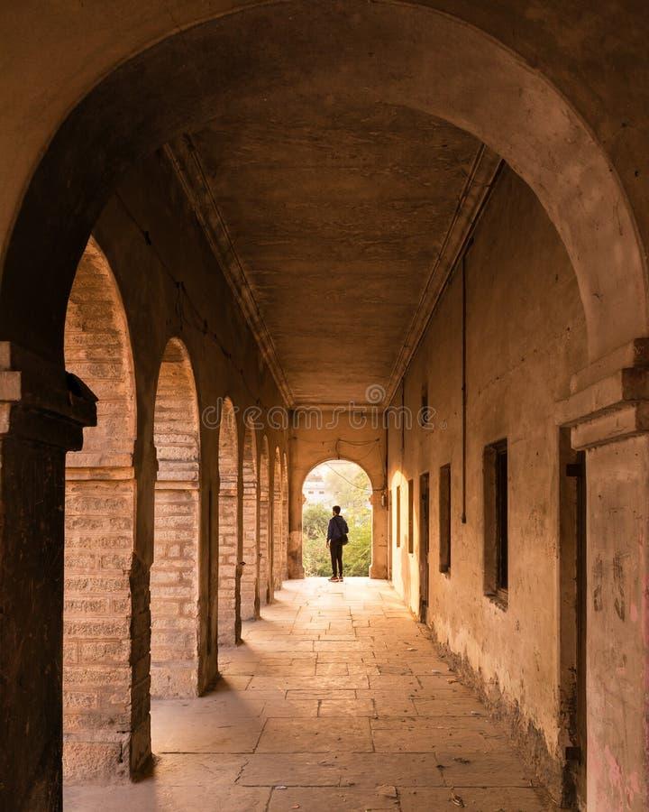 Altes verlassenes Gebäude in Rajasthan stockfoto