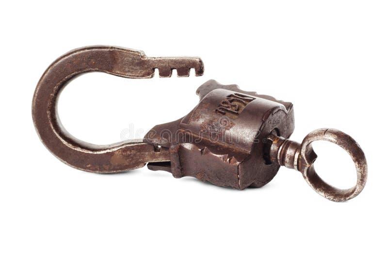 Altes Vorhängeschloß mit Schlüssel lizenzfreie stockfotos