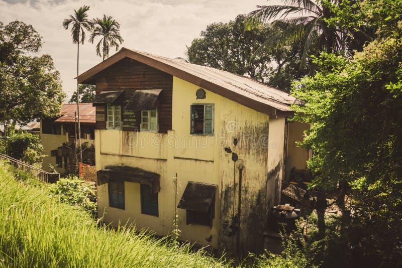 Altes Zweigeschosshaus im Hafen Blair Andaman Islands India stockbild