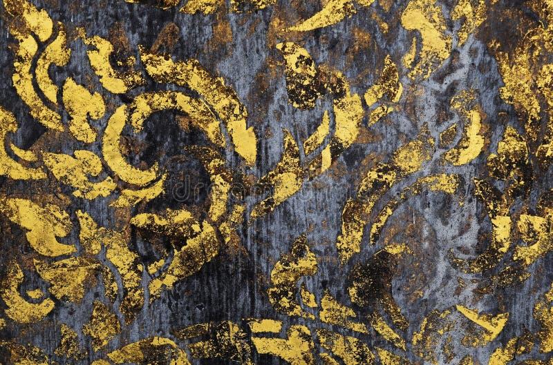 Altgoldfarbe auf schmutzigem Holz für Hintergrund stockbilder