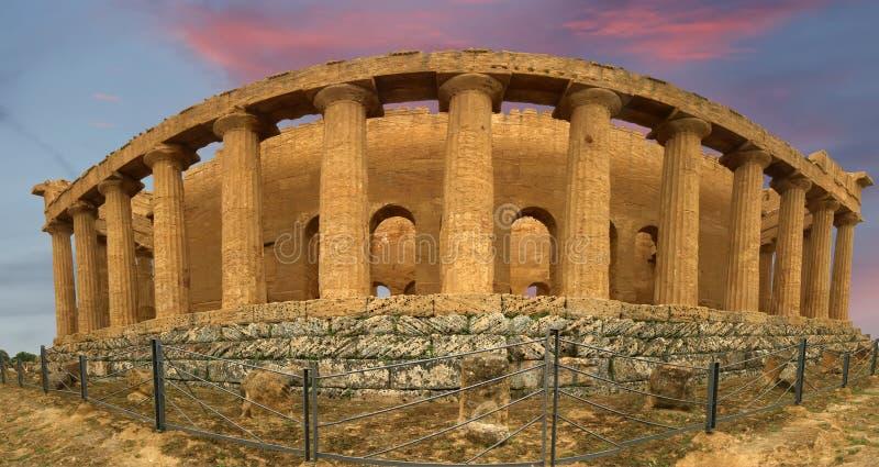 Altgriechischer Tempel des Panoramas von Concordia stockbild