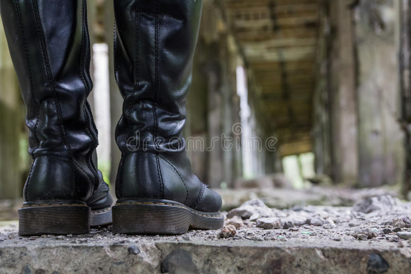 Stivali Di Cuoio Neri Antichi Fotografia Stock Immagine di