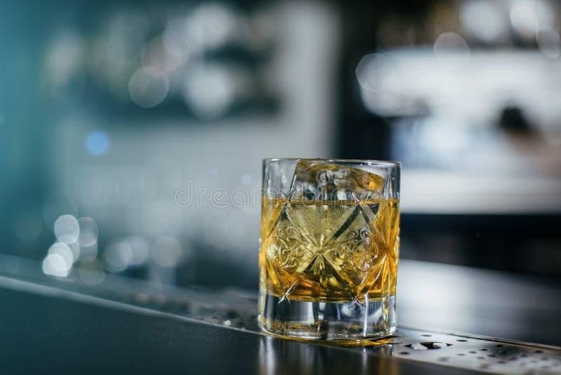 Altmodisches Whisky coctail lizenzfreies stockbild