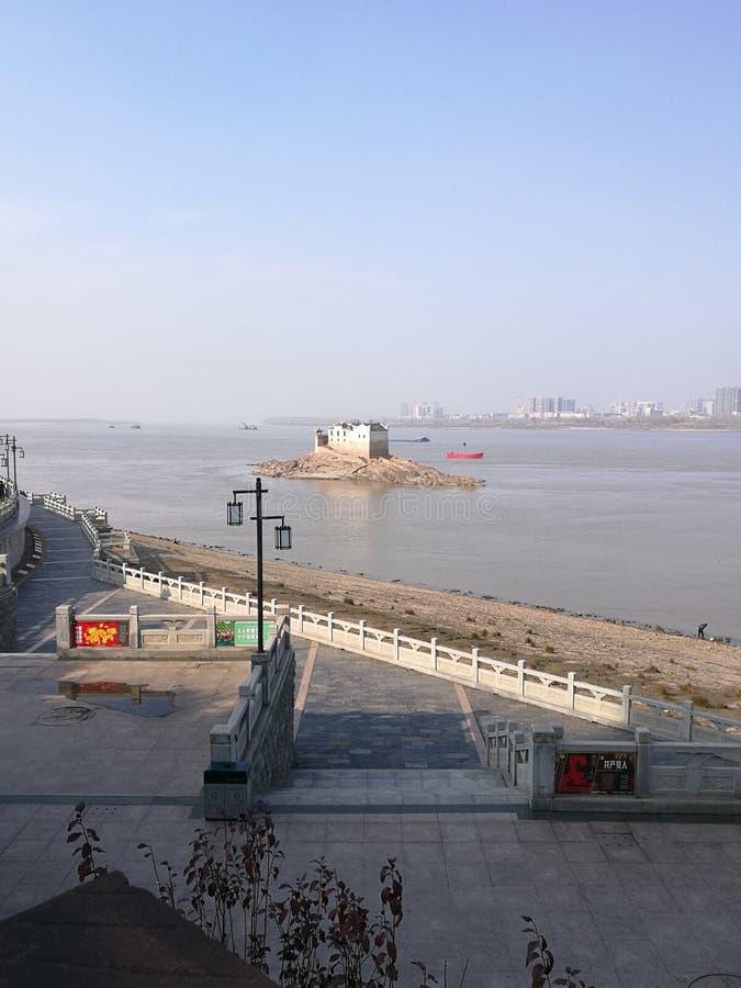 Alto de la ciudad de China en ezhou foto de archivo