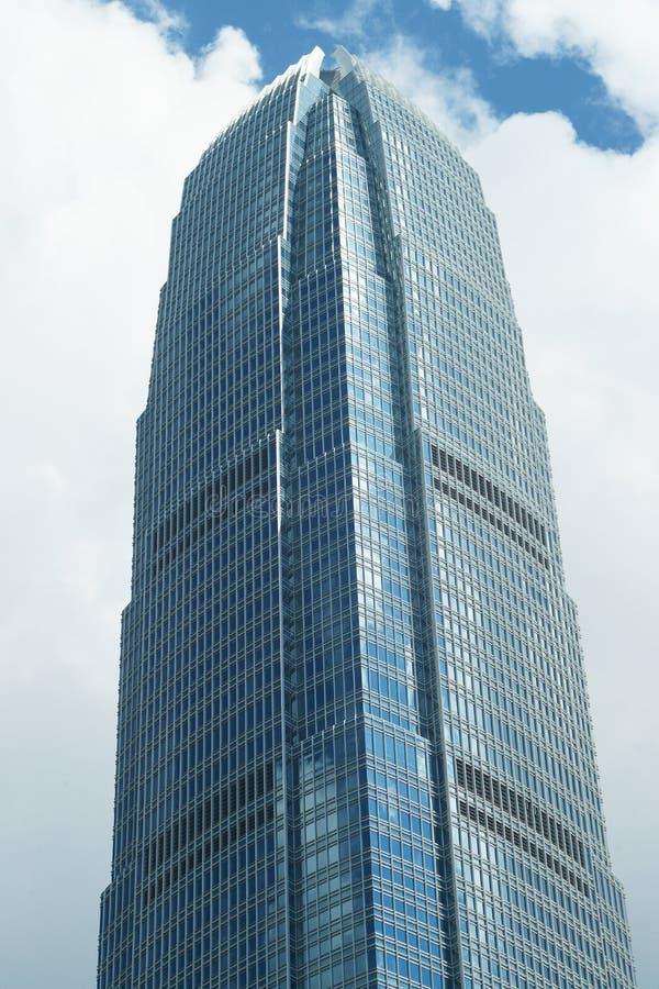 Alto edificio alto de la subida imagen de archivo