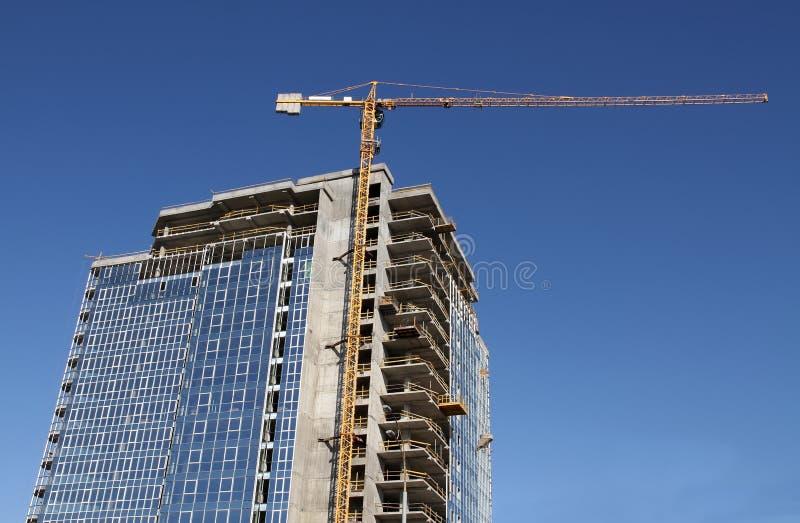 Alto edificio bajo construcción foto de archivo libre de regalías
