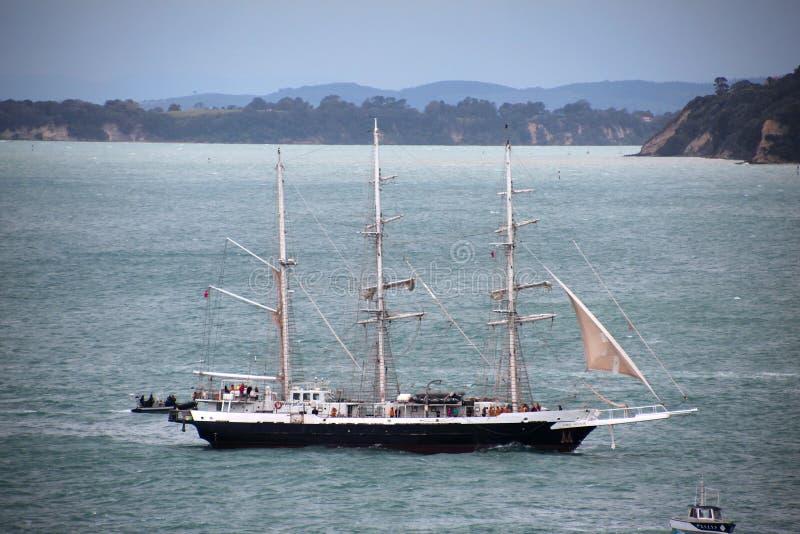 Alto envie Lord Nelson em Auckland fotos de stock royalty free