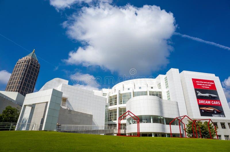 Alto museo en el Midtown Atlanta fotos de archivo