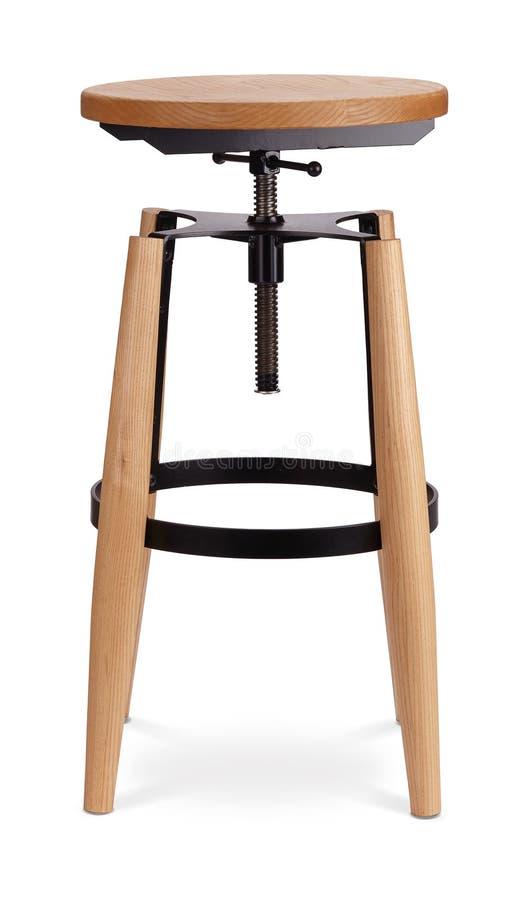 Alto taburete de bar de giro del color negro, silla, madera, silla del metal, diseñador moderno Silla aislada en el fondo blanco  fotos de archivo