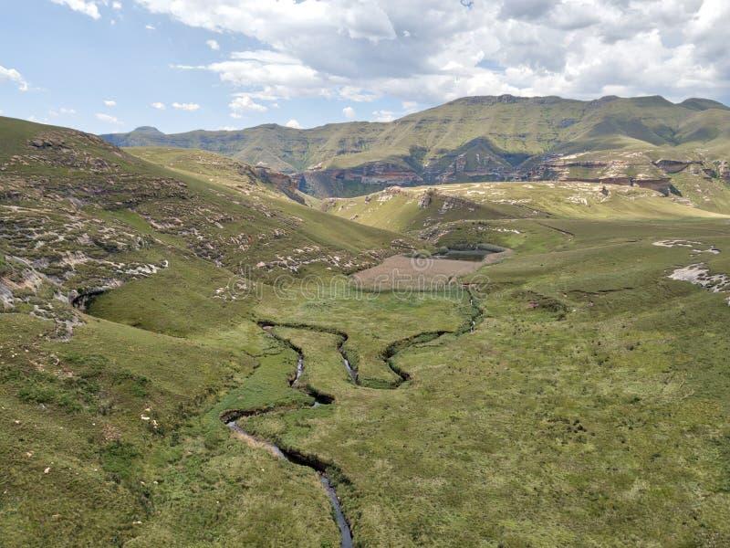 Altopiani sosta nazionale, Sudafrica del cancello dorato immagini stock