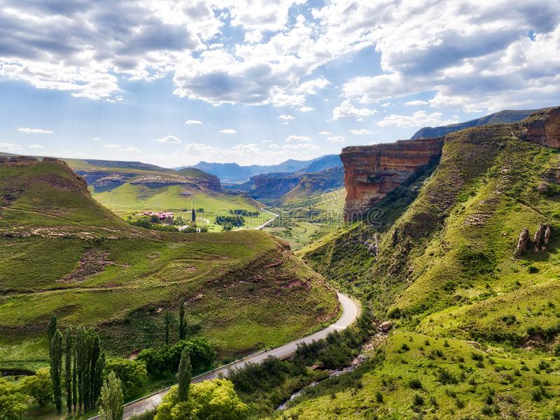 Altopiani sosta nazionale, Sudafrica del cancello dorato fotografia stock