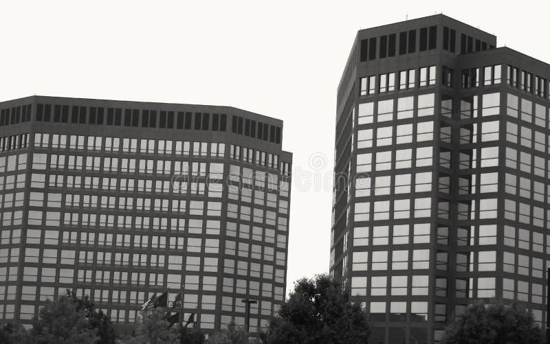 Altos edificios de la subida imagenes de archivo