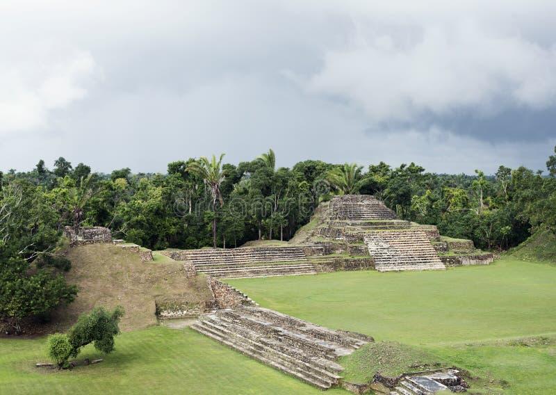 Altun Ha Mayan Ruins em Belize foto de stock