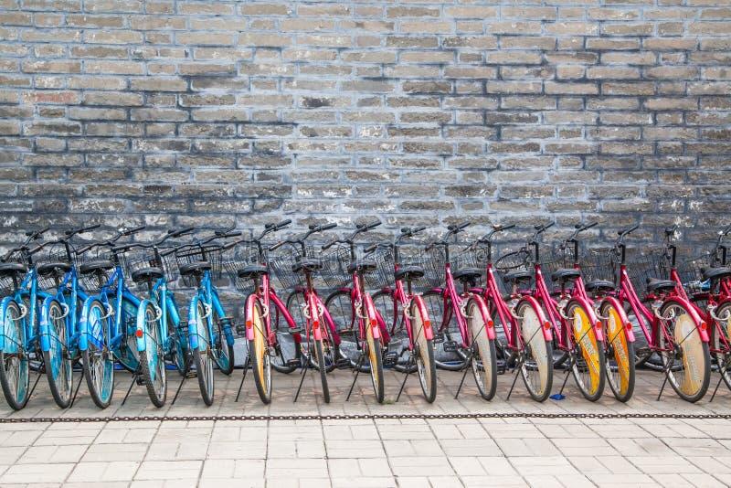 Aluguel para a bicicleta no Pequim fotos de stock