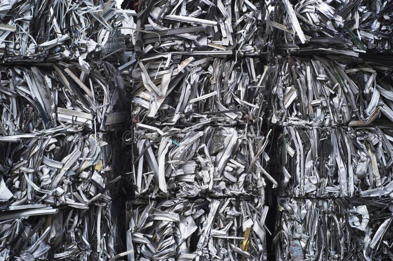aluminiowa bela miażdżący świstek obraz royalty free