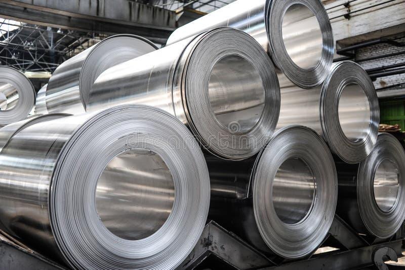Aluminium rullar royaltyfri bild