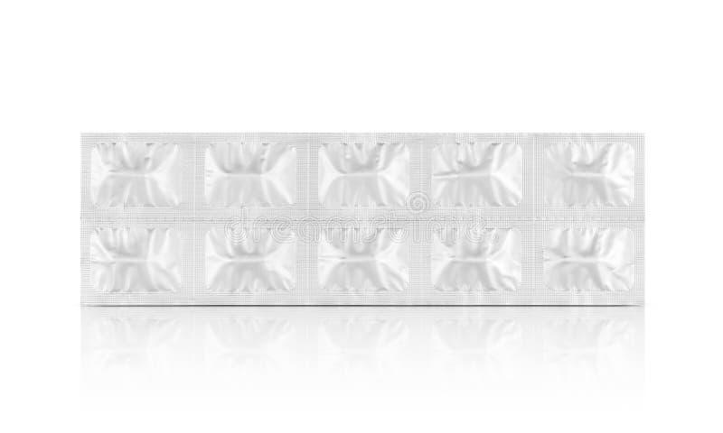 Aluminiumfolie verpakking voor geneeskundetabletten of capsules op witte achtergrond worden geïsoleerd die stock foto's