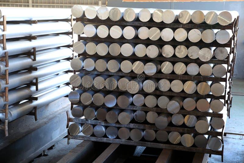 Aluminiumstangen lizenzfreies stockfoto