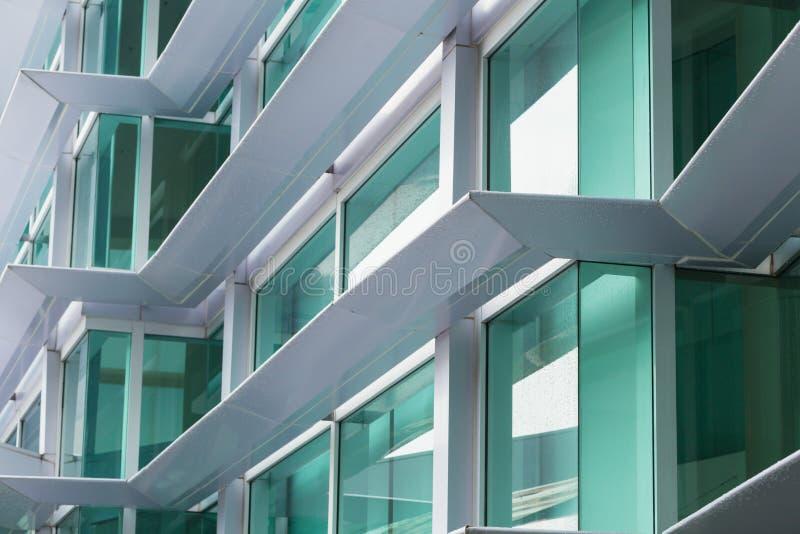 Aluminiumverbundwerkstoff ACM Bürogebäude lizenzfreie stockfotos